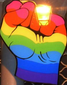 1269286630-gay_power_fist_0